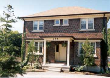 Emerson Manor a Bed & Breakfast located in Oshawa, Ontario, Canada
